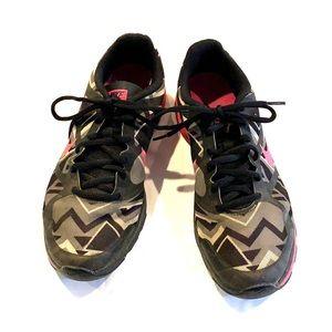 Nike Dual Fusion TR 9